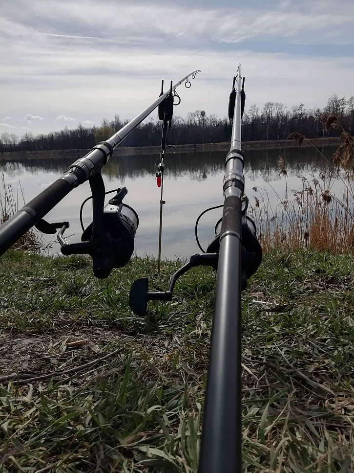 Za 4 hodiny lovu se na břeh podívali 4 kapříci v rozmezí 40-55cm