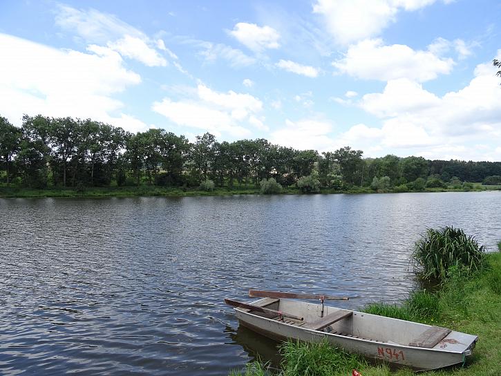 Milujeme rybaření na řece