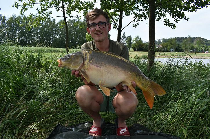 V průběhu jedné hodiny jsem zdolal 4 krásné ryby v rozmezí 4 až 10 kg.